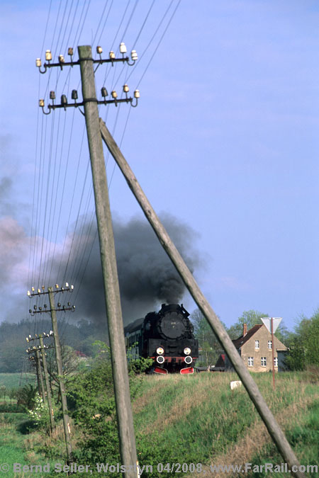 The landmarks of 1930ies railways: telegraph poles